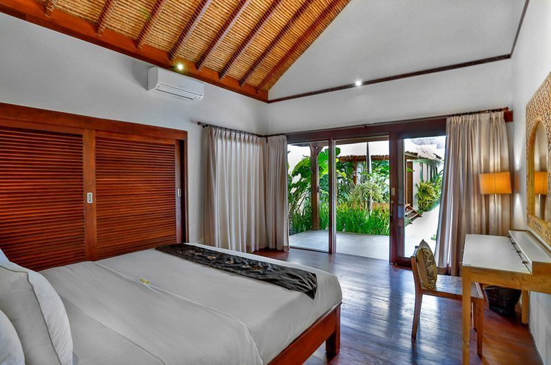 Villa Bibi King Size Bed, Kerobokan | 5 Bedroom Villas Bali