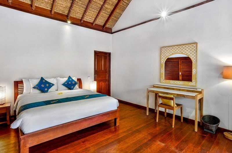 Villa Bibi Bedroom with Dressing Area, Kerobokan | 5 Bedroom Villas Bali