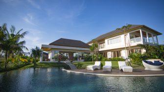 Villa Breeze Sun Loungers, Canggu | 5 Bedroom Villas Bali