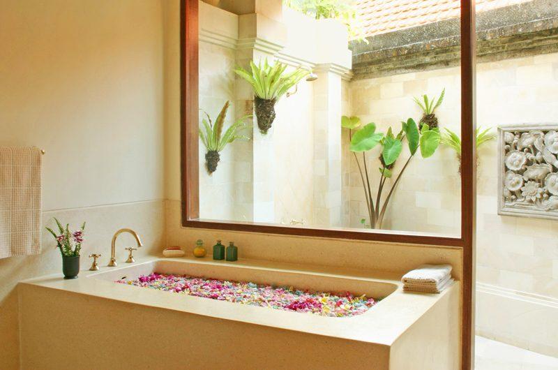 Villa Cemara Sanur Romantic Bathtub Set Up, Sanur | 5 Bedroom Villas Bali