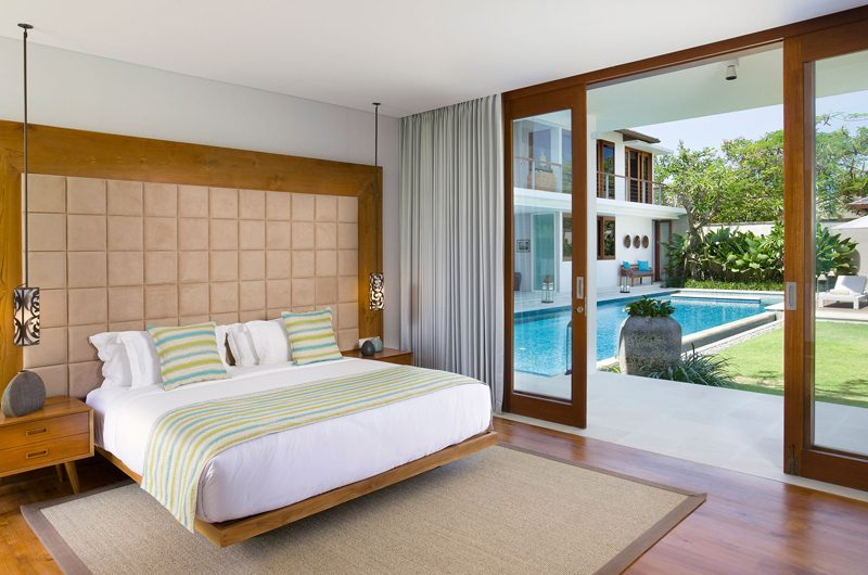 Villa Cendrawasih Bedroom with Pool View, Petitenget | 5 Bedroom Villas Bali