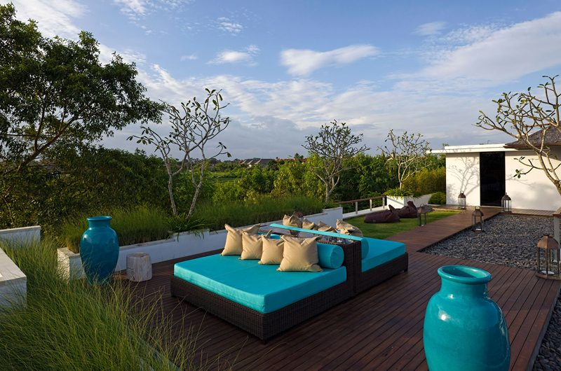 Villa Cendrawasih Open Plan Seating Area, Petitenget | 5 Bedroom Villas Bali