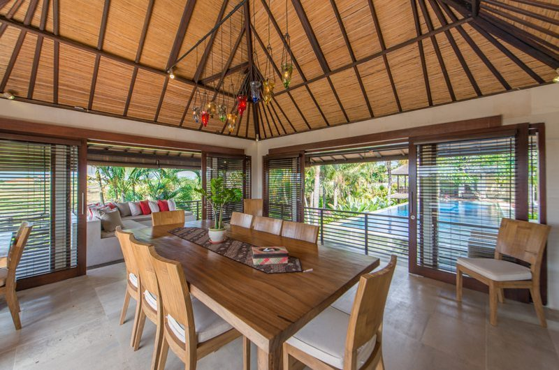 Villa Coraffan Dining Area with Pool View, Canggu | 5 Bedroom Villas Bali