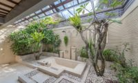 Villa Coraffan Semi Open Bathroom with Bathtub, Canggu | 5 Bedroom Villas Bali
