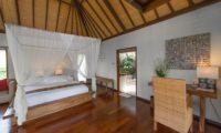 Villa Coraffan Bedroom and En-Suite Bathroom, Canggu | 5 Bedroom Villas Bali
