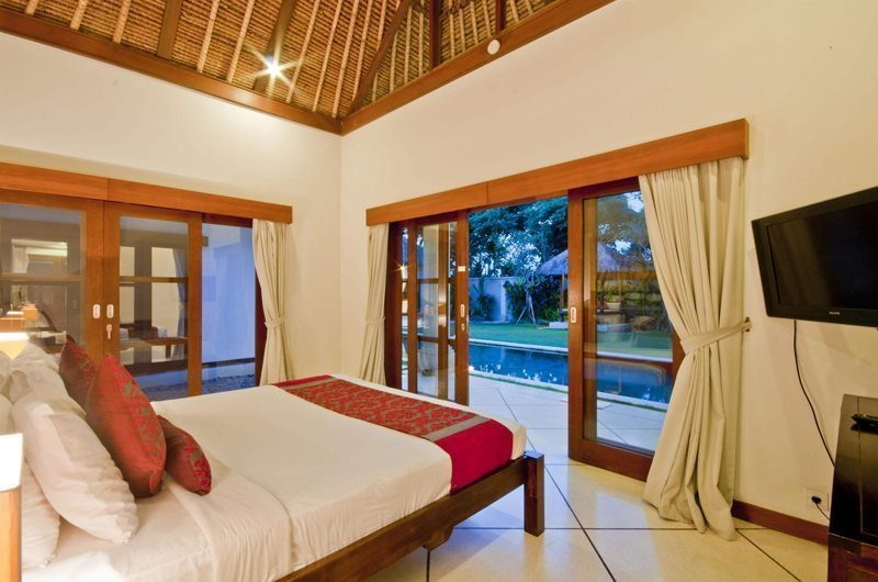 Villa Darma Bedroom with TV, Seminyak | 5 Bedroom Villas Bali