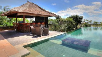 Villa Indah Manis Pool Side Bar Counter, Uluwatu | 5 Bedroom Villas Bali