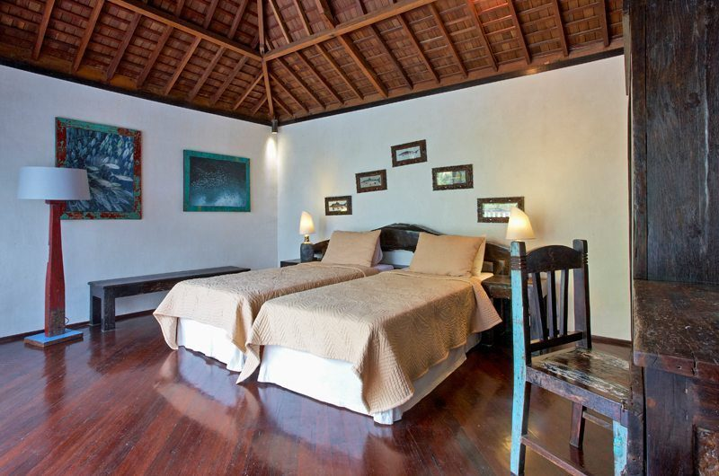 Villa Jempiring Bedroom with Twin Beds, Seminyak | 5 Bedroom Villas Bali