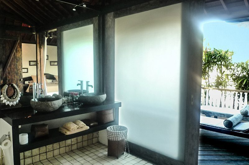 Villa Jempiring Bathroom with View, Seminyak | 5 Bedroom Villas Bali