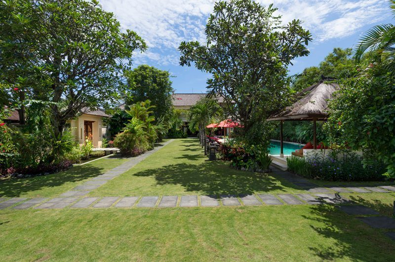 Villa Kalimaya Gardens and Pool, Seminyak | 5 Bedroom Villas Bali