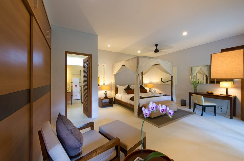 Villa Kinaree Estate Bedroom with Study Table, Seminyak | 5 Bedroom Villas Bali
