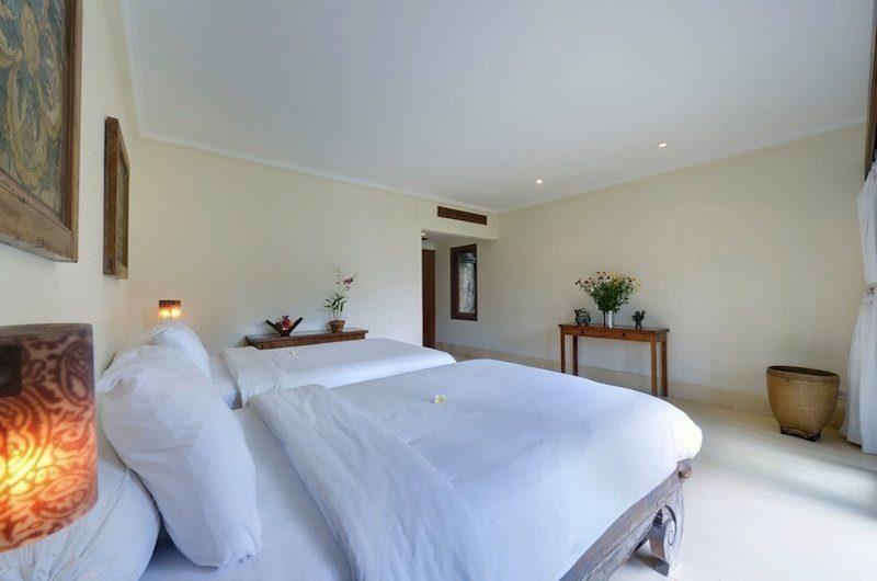 Villa Maridadi Twin Bedroom, Seseh | 5 Bedroom Villas Bali