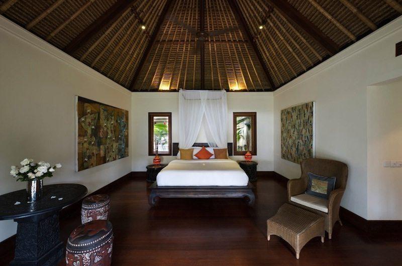Villa Maridadi Bedroom with Wooden Floor, Seseh | 5 Bedroom Villas Bali