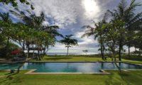 Villa Maridadi Swimming Pool, Seseh | 5 Bedroom Villas Bali