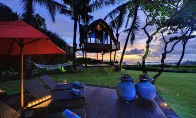 Villa Maridadi Reclining Sun Loungers, Seseh | 5 Bedroom Villas Bali