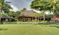 Villa Maridadi Tropical Garden, Seseh | 5 Bedroom Villas Bali
