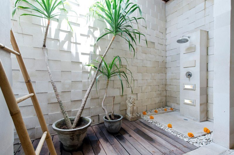 Villa Martine Bathroom with Shower, Seminyak | 5 Bedroom Villas Bali
