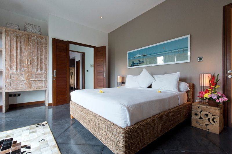 Villa Martine Bedroom with Table Lamps, Seminyak | 5 Bedroom Villas Bali