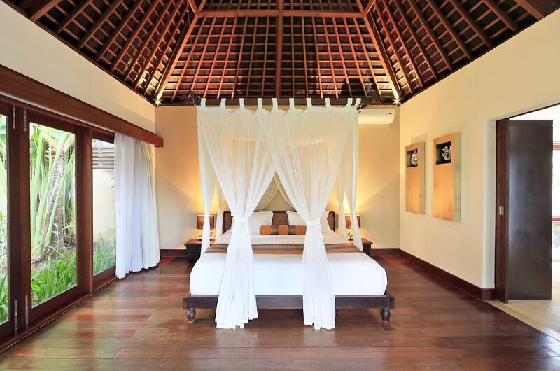 Villa M Bali Seminyak Bedroom with Wooden Floor, Petitenget | 5 Bedroom Villas Bali