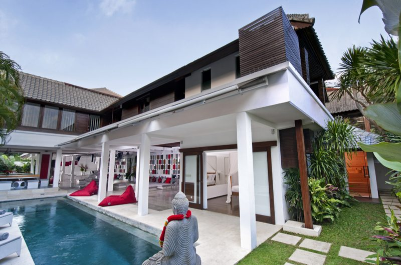 Villa Sabtu Swimming Pool, Seminyak | 5 Bedroom Villas Bali