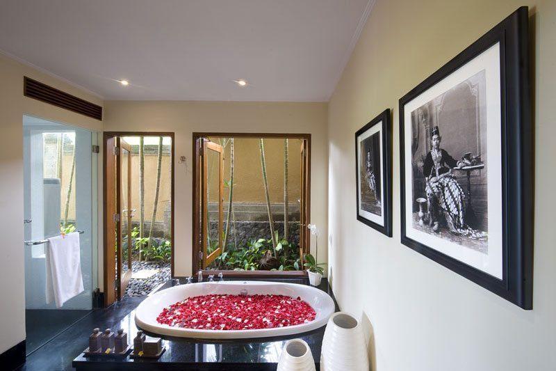 Villa Semarapura Romantic Bathtub Set Up, Seseh | 5 Bedroom Villas Bali