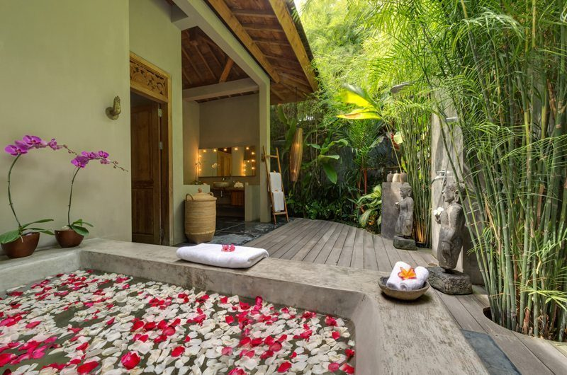 Villa Shambala Romantic Bathtub Set Up, Seminyak | 5 Bedroom Villas Bali