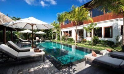 Villa Tangram Reclining Sun Loungers, Seminyak | 5 Bedroom Villas Bali
