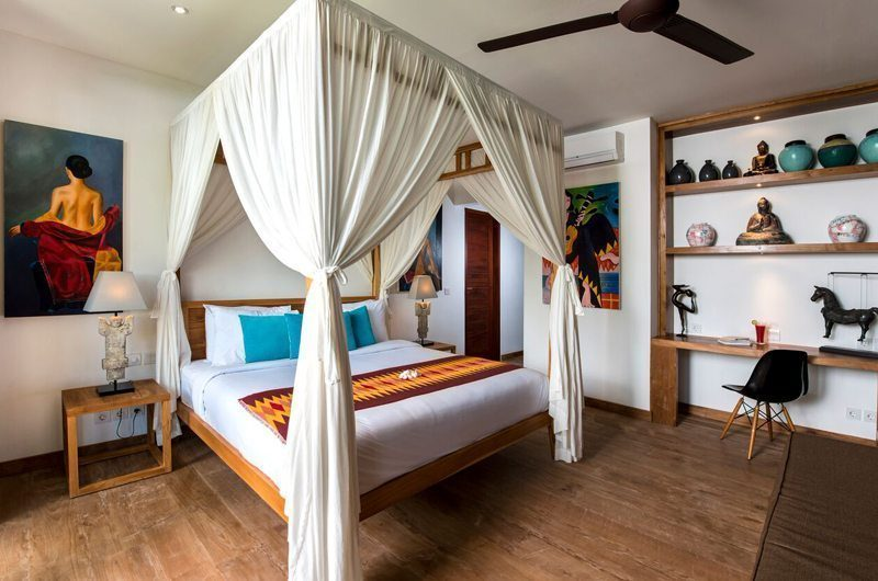 Villa Tangram Bedroom with Wooden Floor, Seminyak | 5 Bedroom Villas Bali