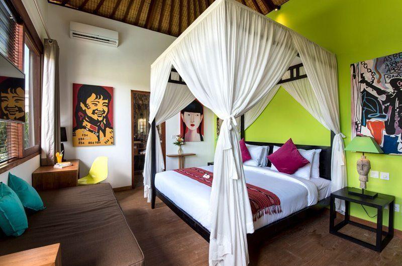 Villa Tangram Four Poster Bed, Seminyak | 5 Bedroom Villas Bali