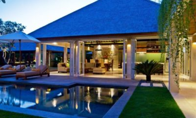 Villa Tenang Pool at Night, Batubelig | 5 Bedroom Villas Bali