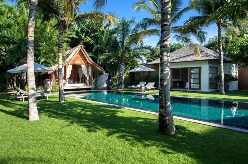 Villa Tiga Puluh Gardens and Pool, Seminyak | 5 Bedroom Villas Bali