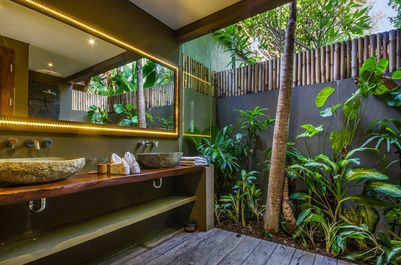 Villa Yoga Semi Open His and Hers Bathroom, Seminyak | 5 Bedroom Villas Bali