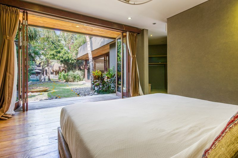 Villa Yoga Bedroom with Garden View, Seminyak | 5 Bedroom Villas Bali