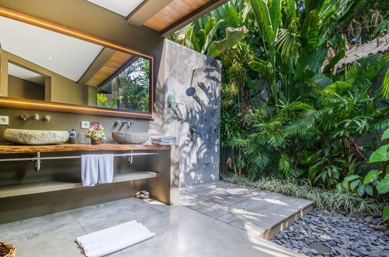 Villa Yoga Outdoor Shower, Seminyak | 5 Bedroom Villas Bali