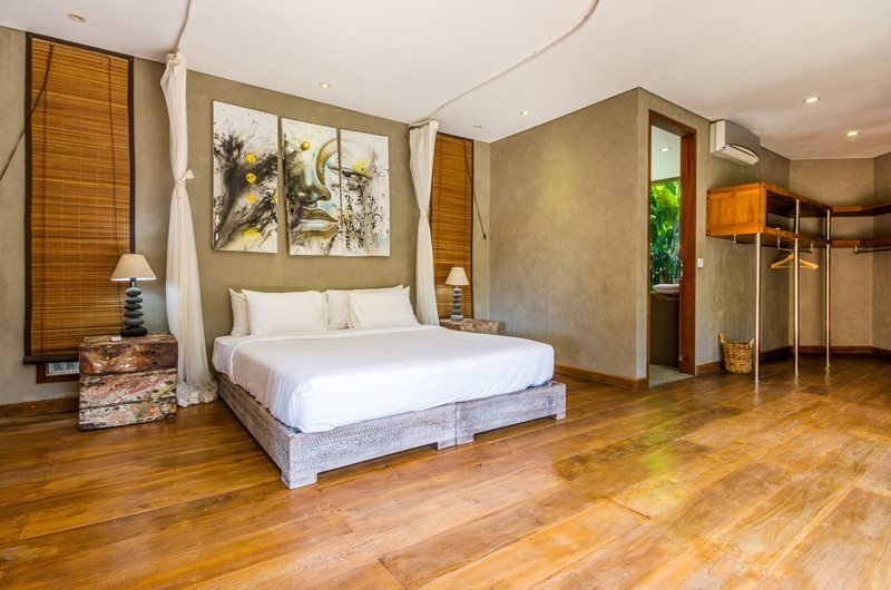 Villa Yoga Spacious Bedroom, Seminyak | 5 Bedroom Villas Bali